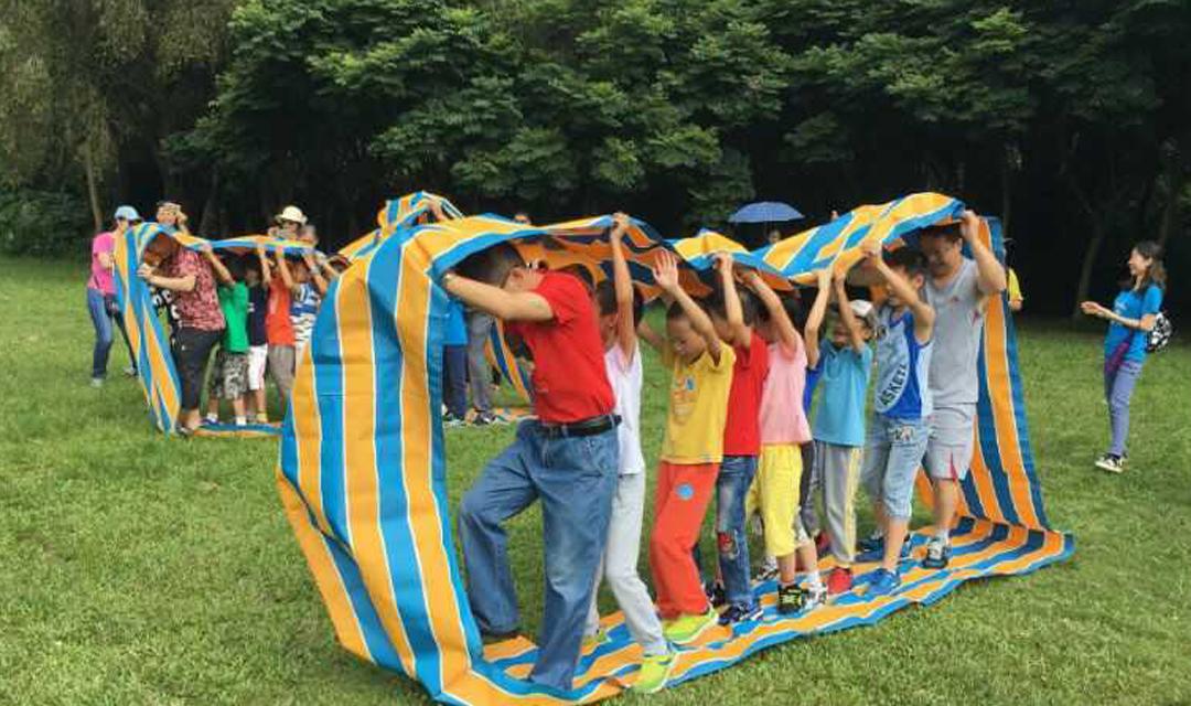 【母亲节活动】莲花山公园趣味亲子运动会